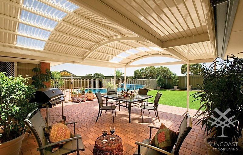 DOES A SUNROOM OR PATIO ROOM ADD VALUE TO A HOUSE?