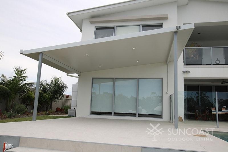 Skillion insulated patio roof
