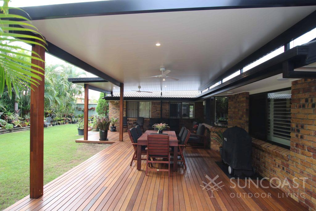 Fly over insulated patio roof