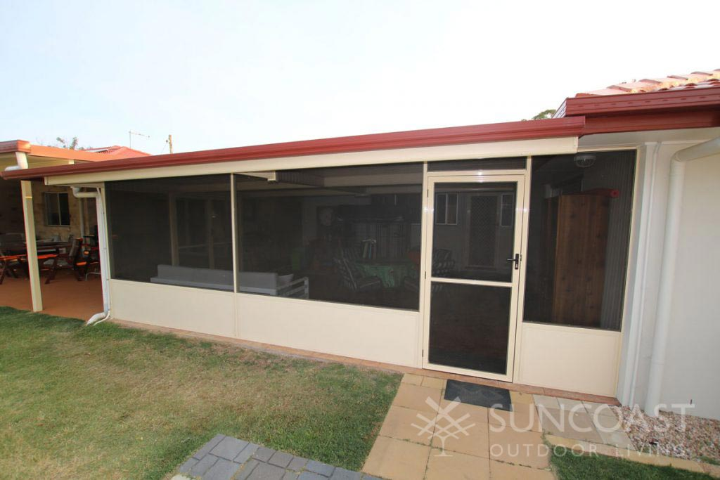 Screened outdoor area with Colorbond insulated roof